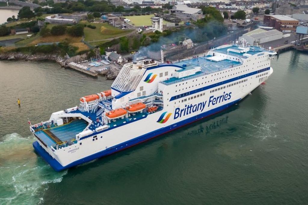 CMA CGM: Επενδύει €25 εκατομμύρια στην Brittany Feries
