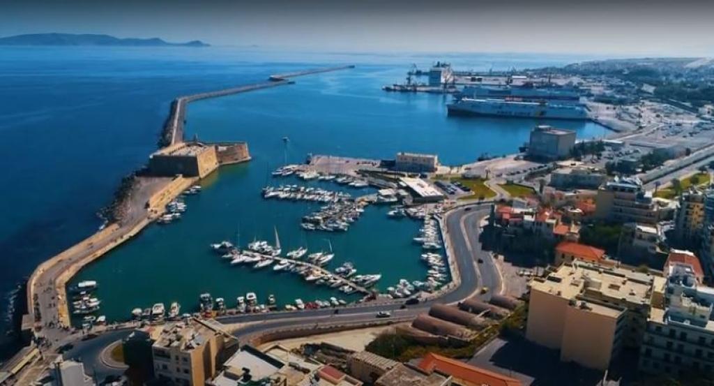 Εννέα αρχικά ενδιαφερόμενοι για το λιμάνι Ηρακλείου
