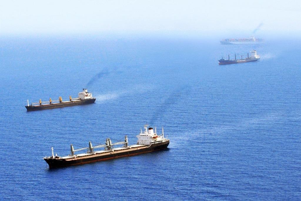 Σημαντικά τα οφέλη από τη μείωση της ταχύτητας των πλοίων σε κατανάλωση καυσίμων, περιβάλλον και υγεία: έκθεση